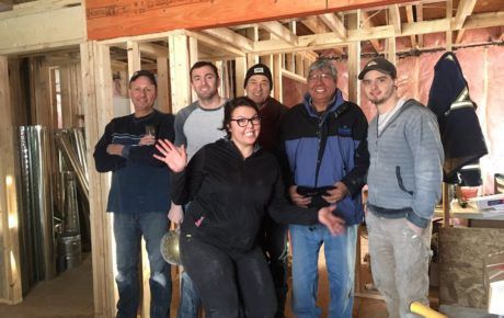 framing-drywall-volunteers